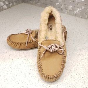 UGG Dakota Slippers Moccasins Size 8